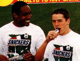 Ince & Owen eating Snickers